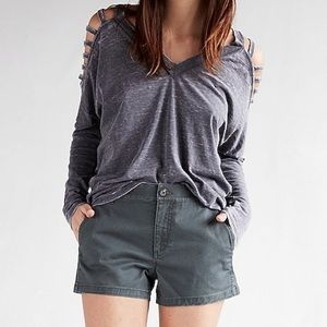 Express mid rise relaxed twill trouser shorts